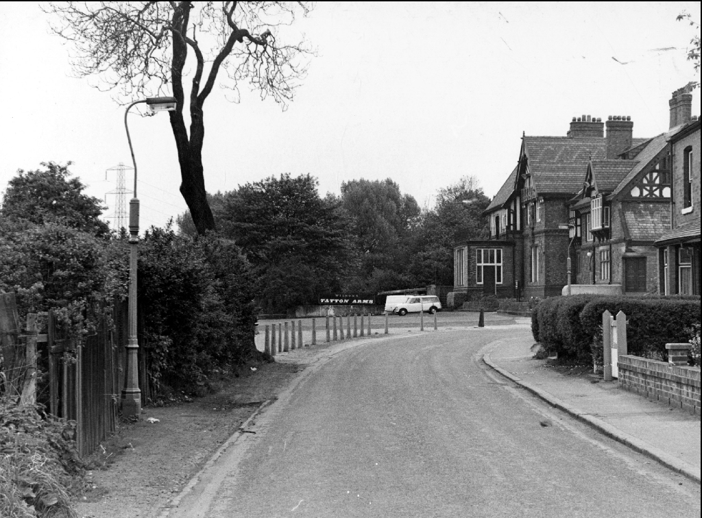 Mill Lane in 1971 - Tatton Arms at far end